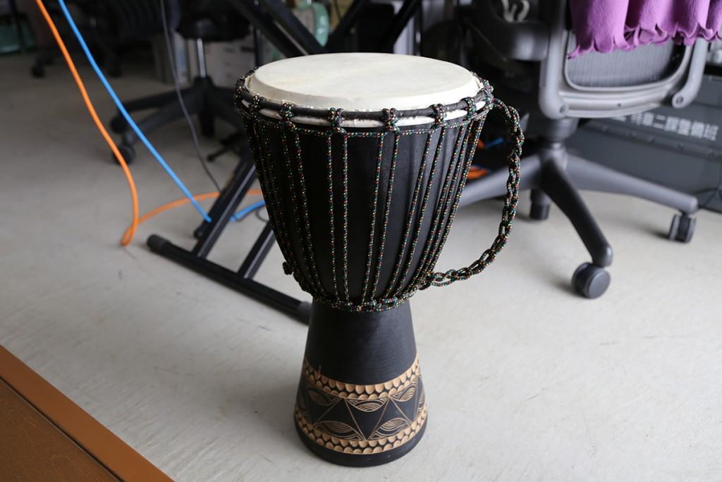 サンナナの太鼓